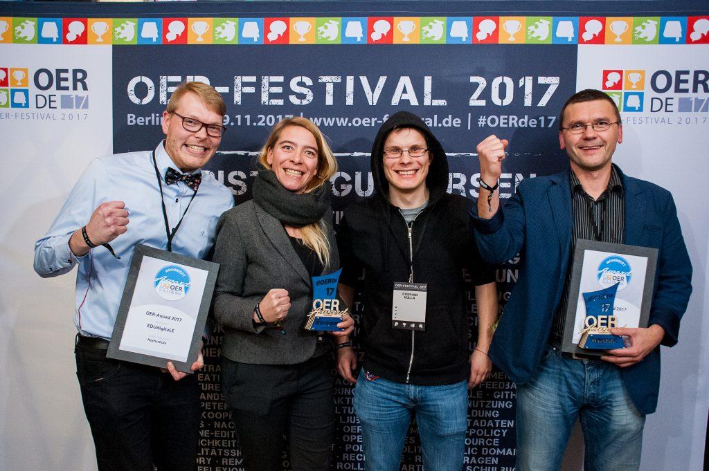 Nominierte und Laudator des Bildungsbereiches Hochschule, Foto von Andreas Domma für OERde17, CC BY 4.0