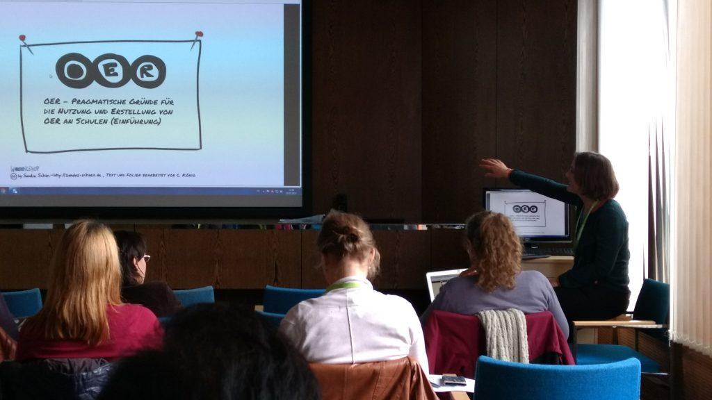 OER Workshop mit OER beim #OERcamp17 Süd. Foto von Alexandra Hessler, CC BY 4.0