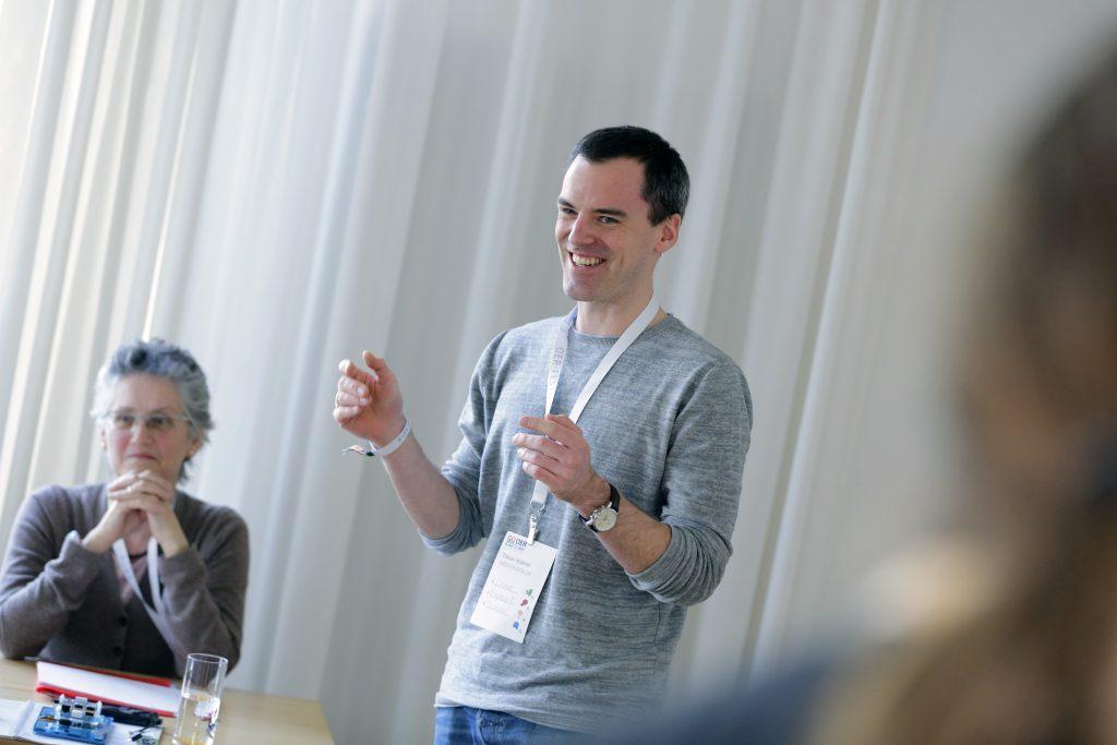 """Panel PaB13 """"Best Practice: OER für MINT – Unterrichtsmaterialien für MINT-Fächer in der Schule"""", hier mit Tobias Hübner, Medienistik.de"""