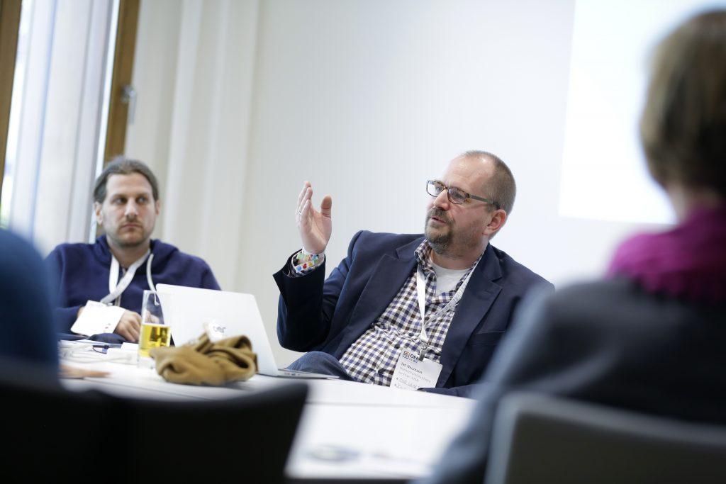 """Panel PaC14 """"OER-Atlas und OER World Map"""", hier mit Adrian Pohl und Jan Neumann"""
