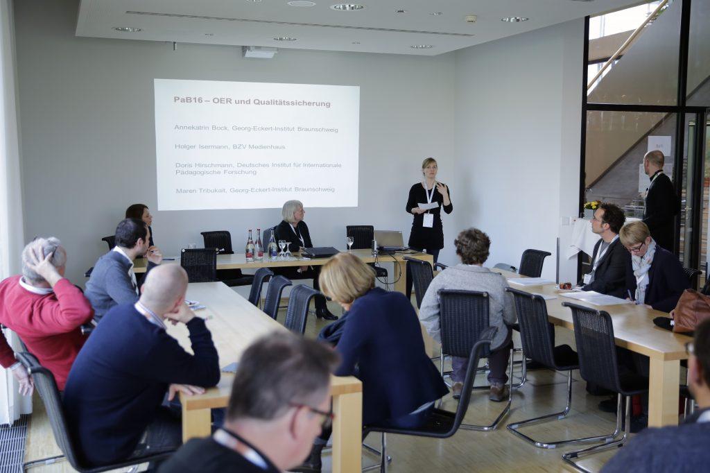 """Panel TeB17 """"OER und Qualitätssicherung"""" mit Annekatrin Bock, Maren Tribukait, Doris Hirschmann, Holger Isermann, powered bei Georg-Eckert-Institut"""