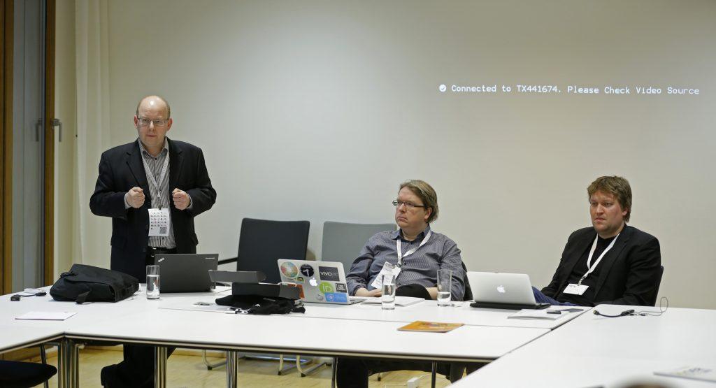 """Ein ernstes Thema: Panel PaC17 """"OER und Open Access"""" mit Joachim Höper, W. Bertelsmann Verlag Lambert Heller, Technische Informationsbibliothek - TIB Christian Heise, Open Knowledge Foundation Deutschland"""