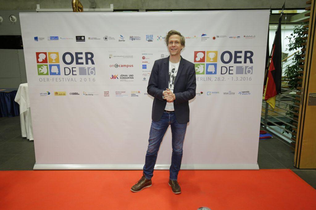 auf dem roten Teppich: Florian Borns von Digitale Helden