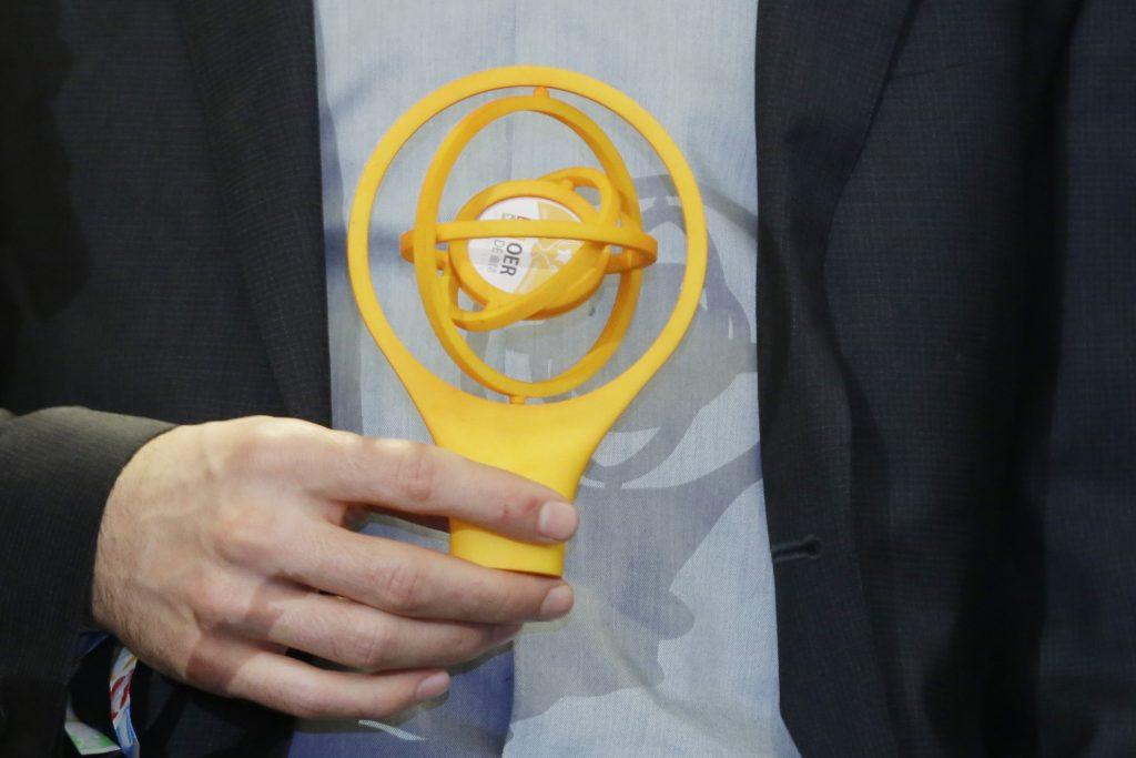 OER-Award 2016 in der Kategorie Riesiger Impact: Große OER-Projekte für Serlo.