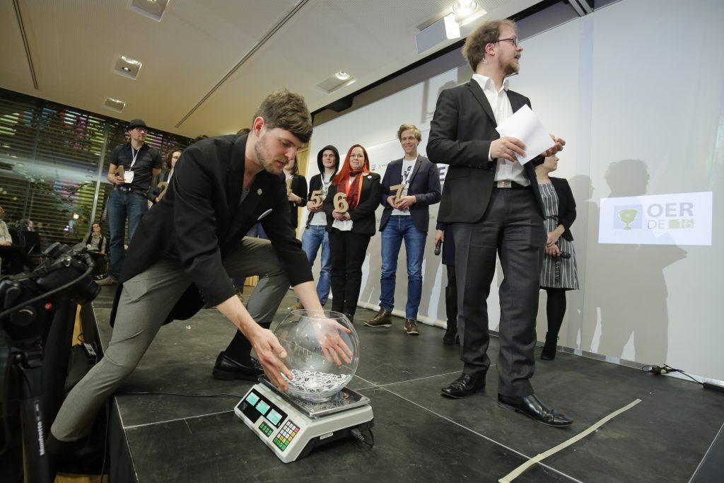 Finalisten und Preisträger beim fOERder-Award