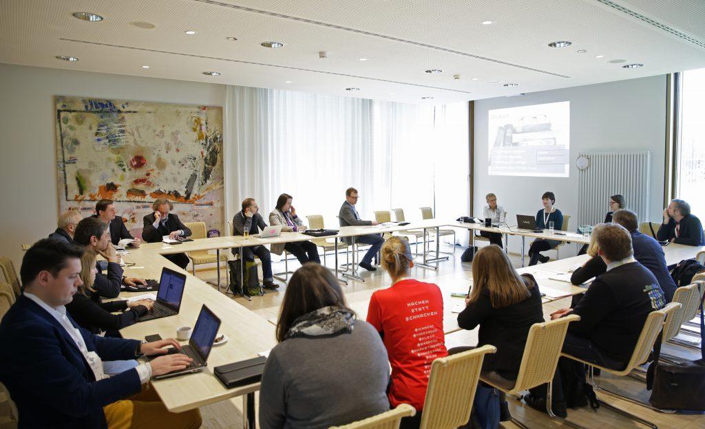 Panel PaD11 Best Practice: OER und Weiterbildung / Erwachsenenbildung