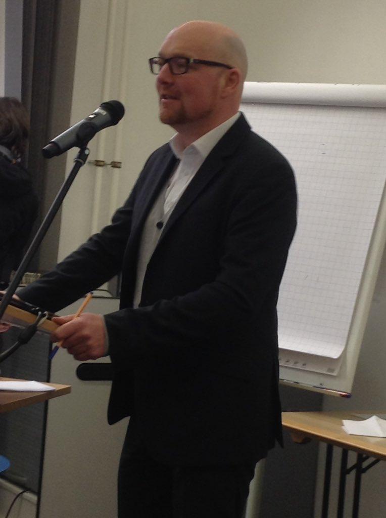 Dominic Orr bei seiner Keynote anlässlich des Startworkshops von OERinfo in Frankfurt/main. Foto unter CC BY 4.0 von Christine Schumann, DIPF