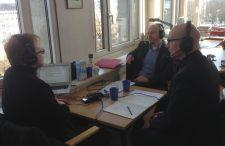Jöran Muuß-Merholz, Regierungsdirektor Tobias Möller-Walsdorf und Dr. Dominic Orr bei der Aufzeichnung, Foto von  Jens Panienski unter CC BY 4.0