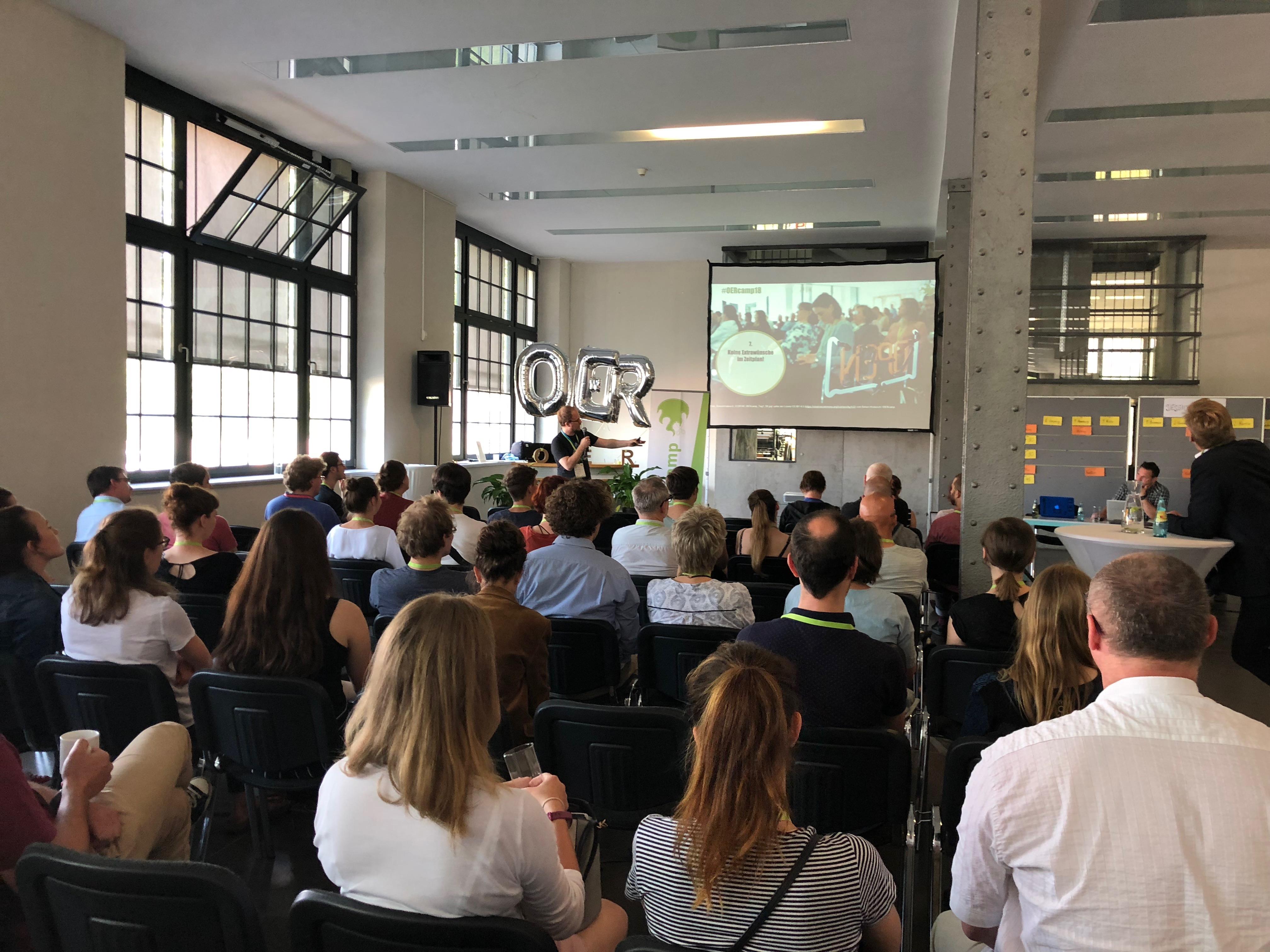 Zusammenfassende Twitterschau vom #OERcamp 2018 Süd in Leipzig am 25 ...
